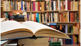 Chọn thể loại sách bạn thích hơn?