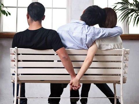 Game quiz : Phản ứng của bạn khi bị người yêu phản bội